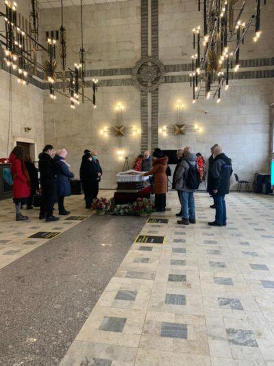 Прощание в траурном зале крематория